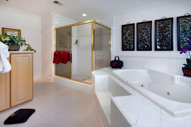California eclectic-bathroom
