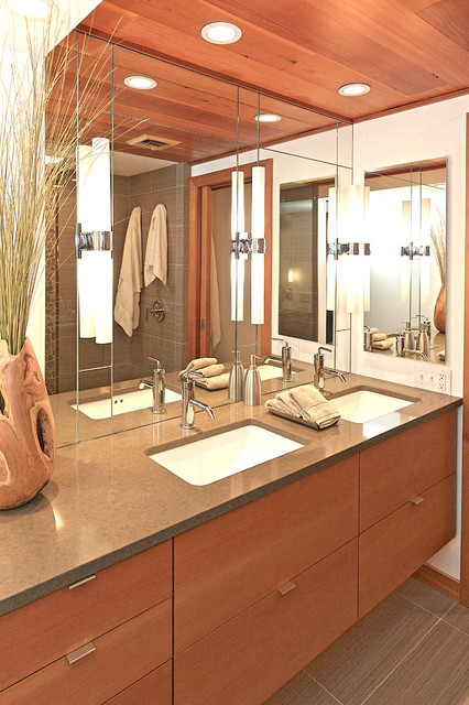 Calm & Contemporary contemporary bathroom