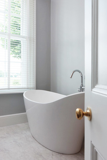Cambridge traditional bathroom cambridgeshire by for Bathroom design cambridge