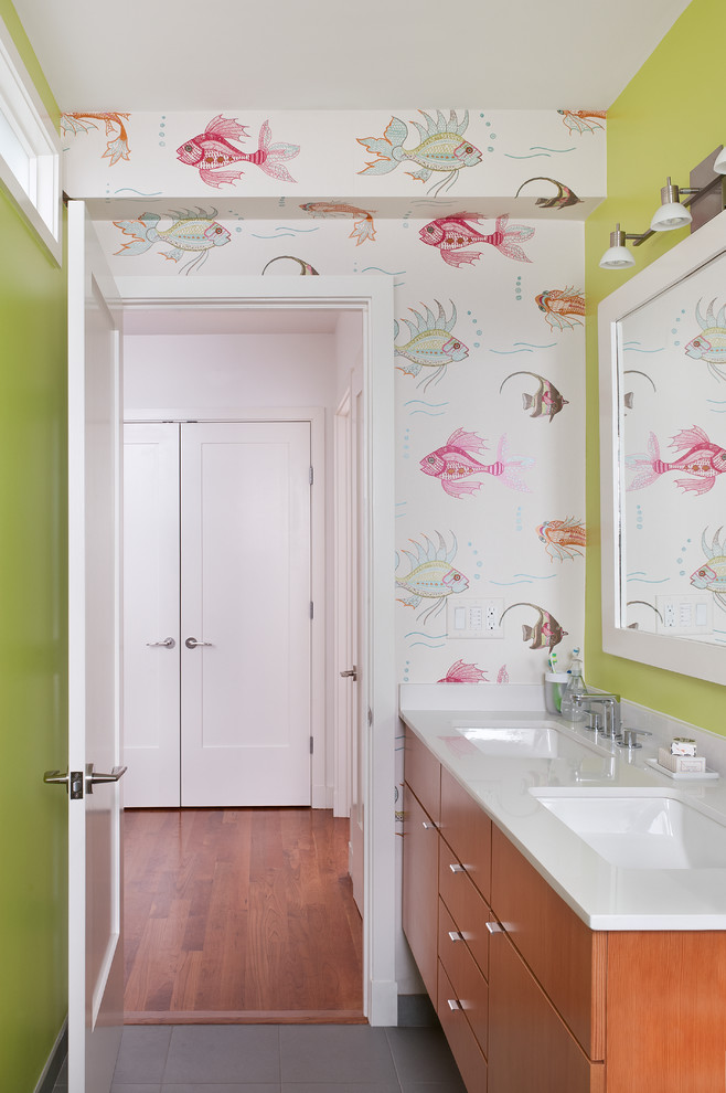 Example of a trendy kids' bathroom design in Boston with multicolored walls