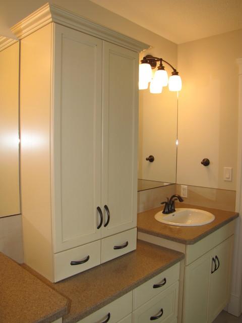 Cameron Heights Custom Home traditional-bathroom