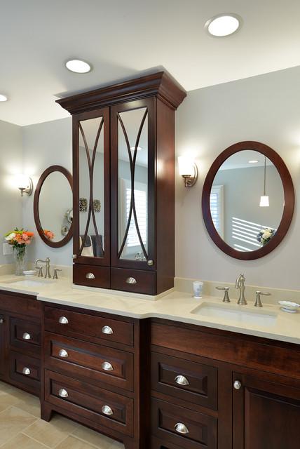 Candlelight Cabinetry Portfolio traditional-bathroom