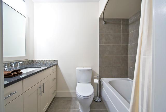 Canmore renovation contemporary bathroom calgary for Bathroom decor calgary