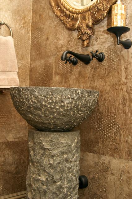 Cannwood modern-bathroom