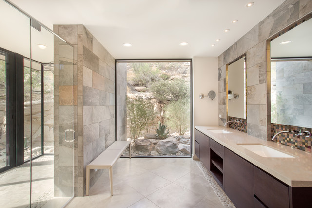 Canyon Pass At Dove Mountain Contemporary Bathroom