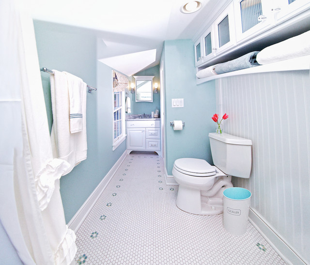 Cape Cod Bathroom Remodel - Traditional - Bathroom