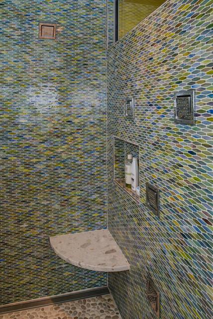 Cape Cod...Shaken, not stirred. contemporary-bathroom