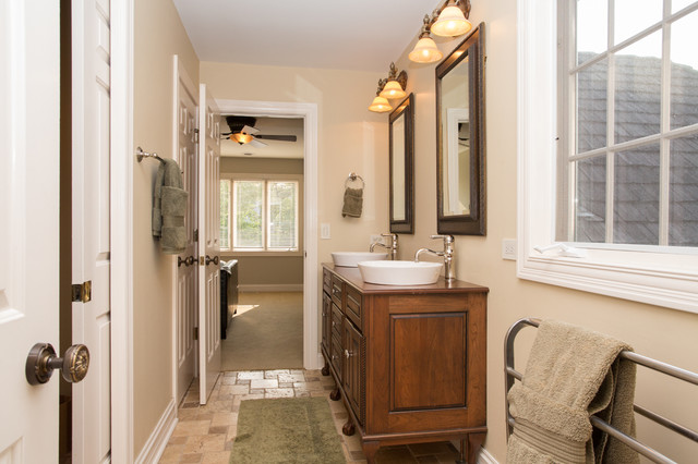 Cape Cod Style Bathroom Basin Sinks Traditional Bathroom Chicago