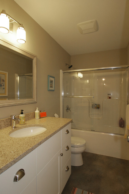 Cape Cod Style Home Traditional Bathroom Grand