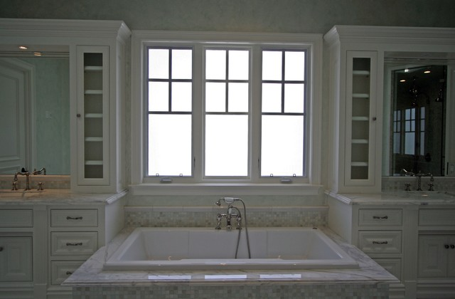 Cape Cod Style Home Bathroom Los Angeles By Rm