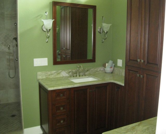 Cape Coral Master Bath Transitional Bathroom Other Metro By H R Cabinets Inc