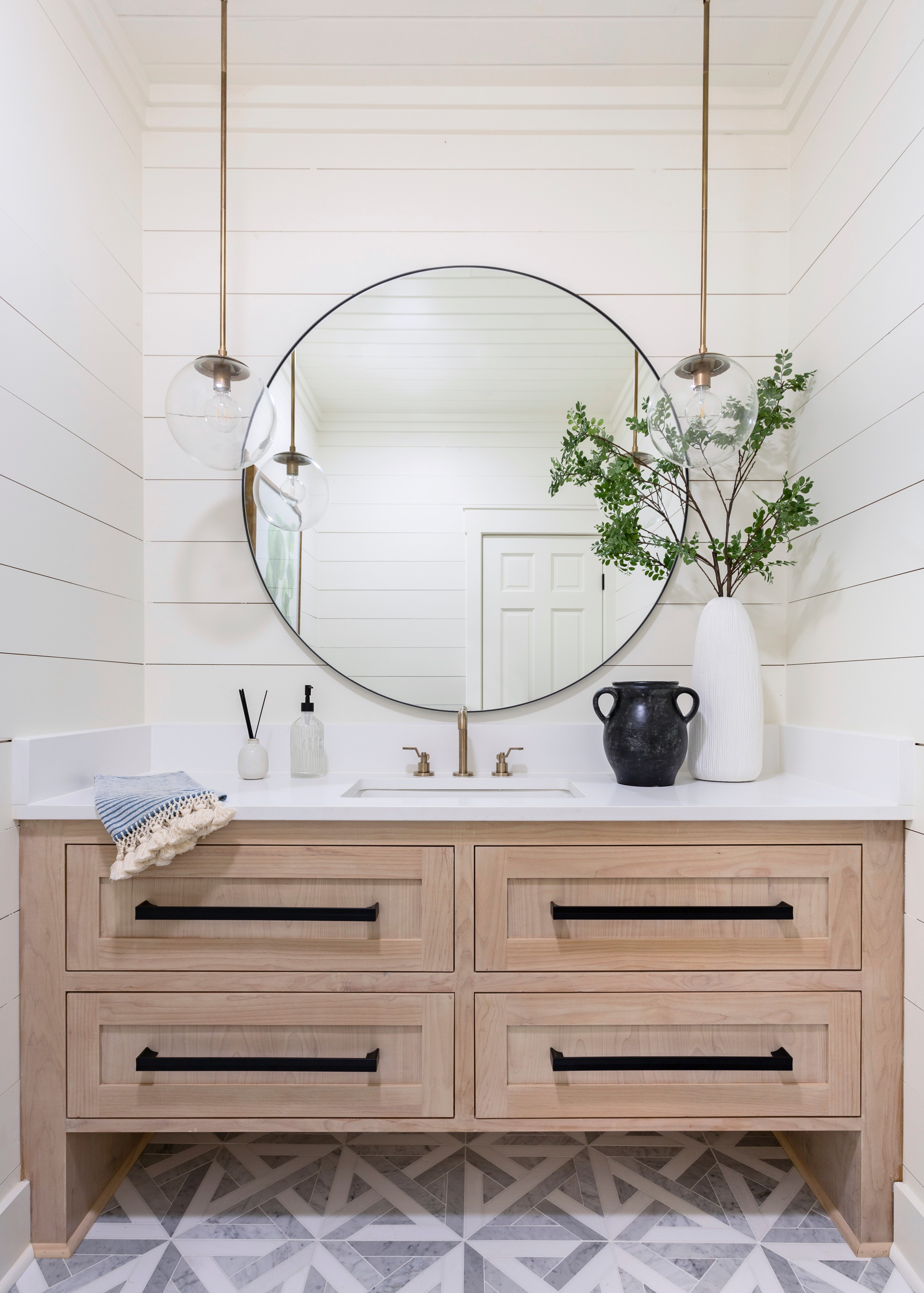 75 Beautiful Farmhouse Bathroom Pictures Ideas October 2020 Houzz