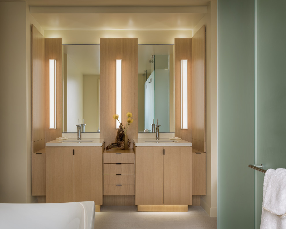 Simple Tricks to give a Luxurious Touch to your Bathroom