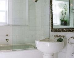 Carnegie Hill Residence traditional-bathroom