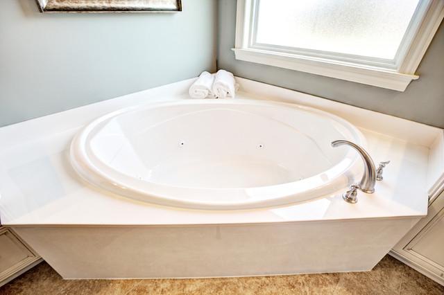 Southgate 7007 derby drive for Bathroom design derby