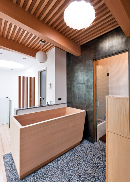 Carver contemporary bathroom