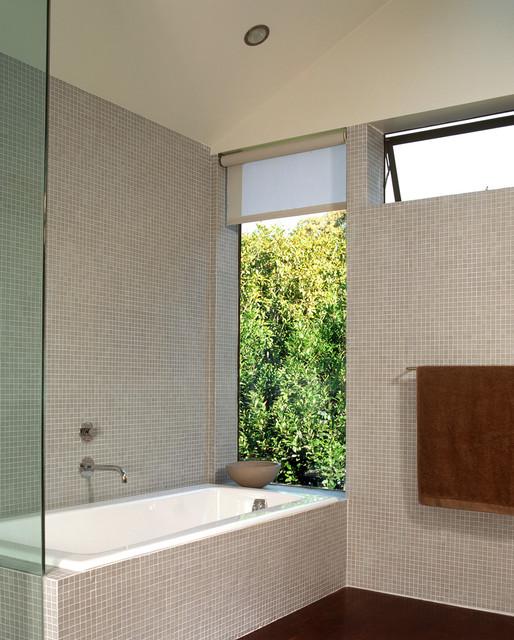 Cary Bernstein Architect Choy 1 Residence modern-bathroom