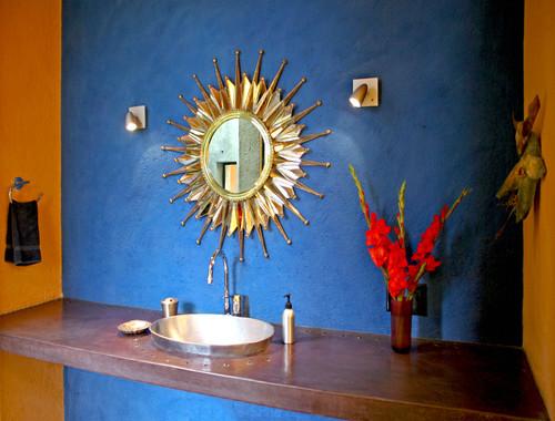 Casa de las Estrellas contemporary bathroom