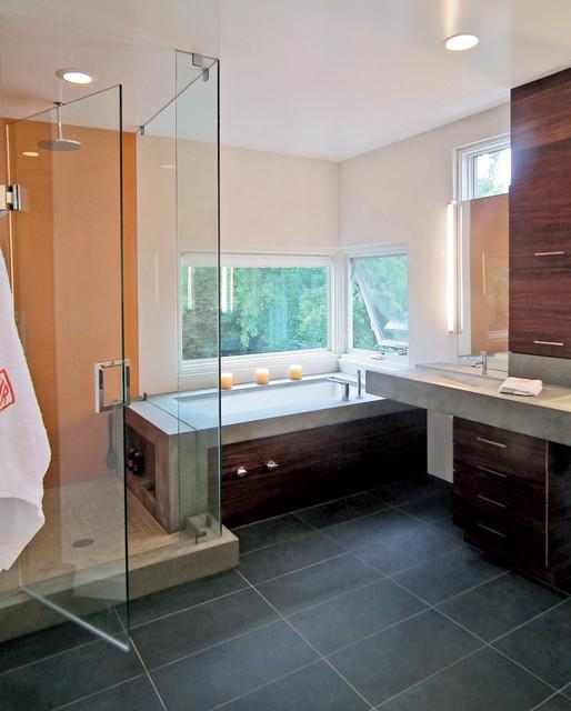 Casa M modern-bathroom