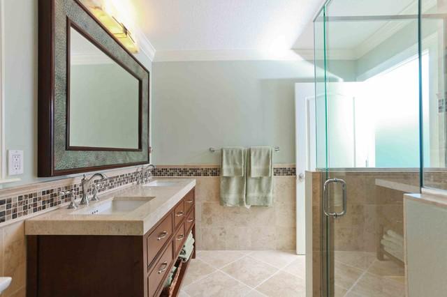 casey key coastal cottage transitional bathroom