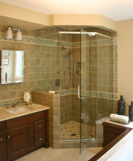 Casual Elegance in the Suburbs traditional bathroom