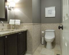 casual luxury traditional-bathroom