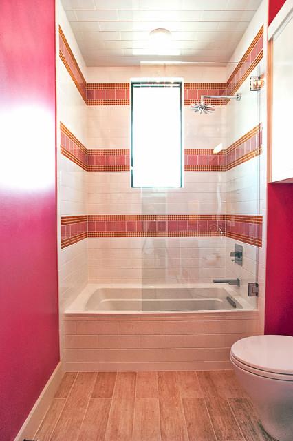 Cat Mountain Residence contemporary-bathroom