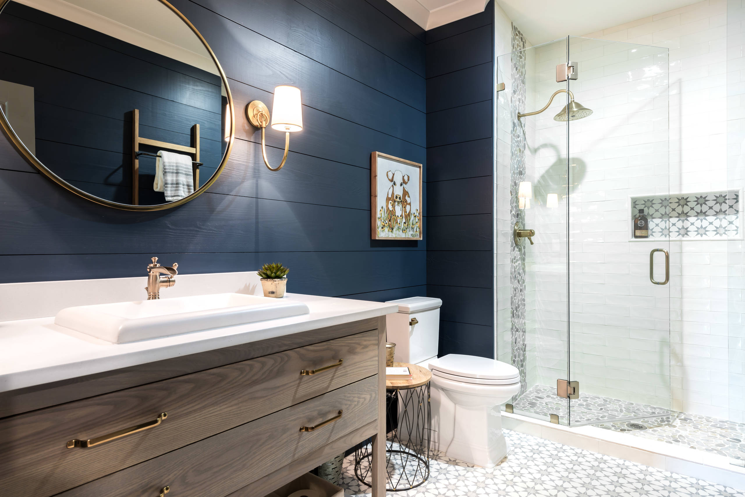 75 Beautiful Bathroom With Blue Walls Pictures & Ideas - January, 2021 | Houzz