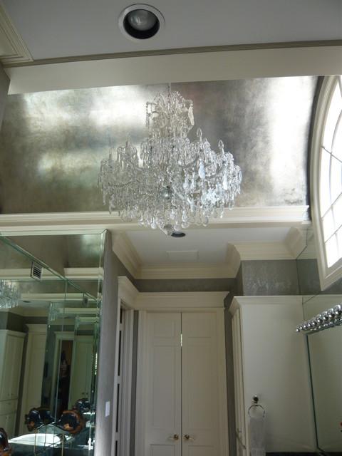 Ceilings traditional-bathroom