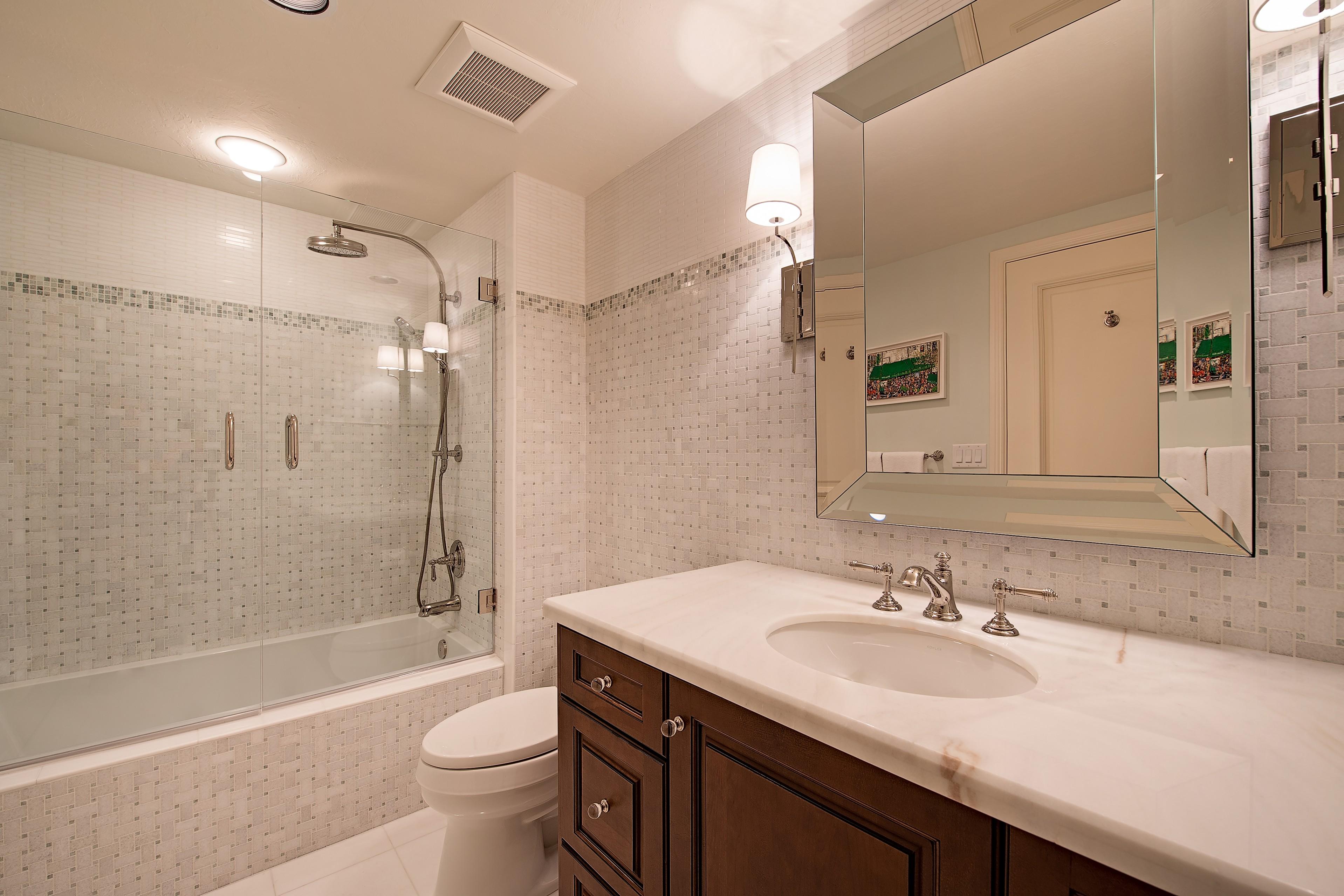 Certified Luxury Builders-41 West-Naples-Pelican Bay-St. Raphael-HR-Remodel 2 A
