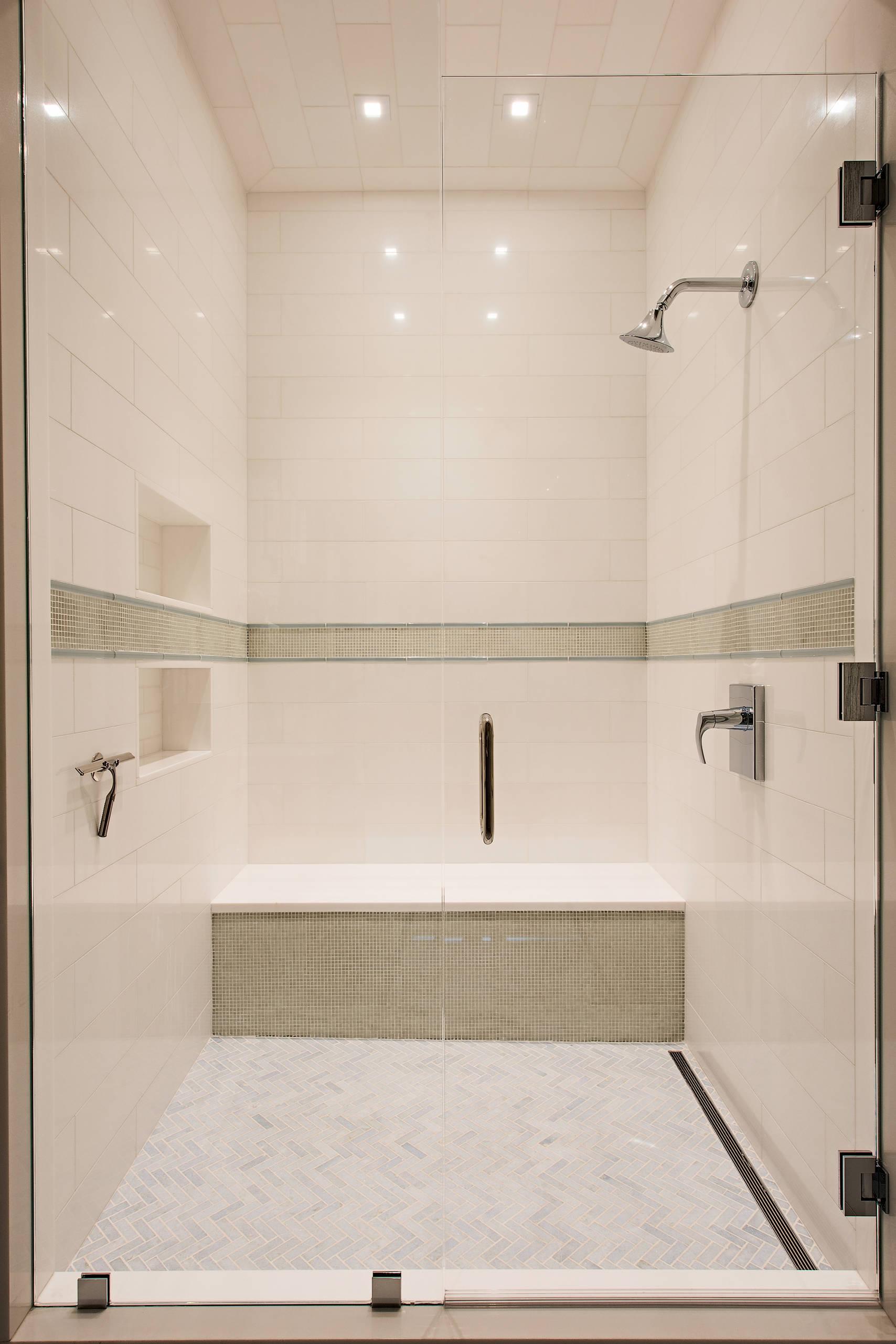 Certified Luxury Builders - 41 West - Veracruz Penthouse Baths