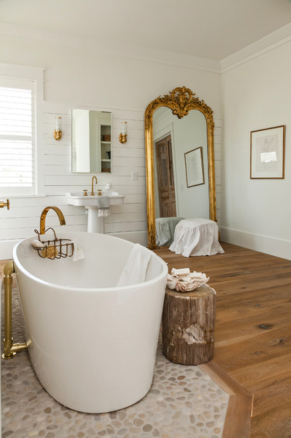 Ch d mag 39 s spring 2014 best of photos farmhouse for Bathroom remodeling charleston sc