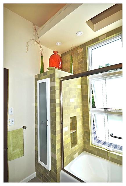 Chattanooga Street Contemporary Bathroom san