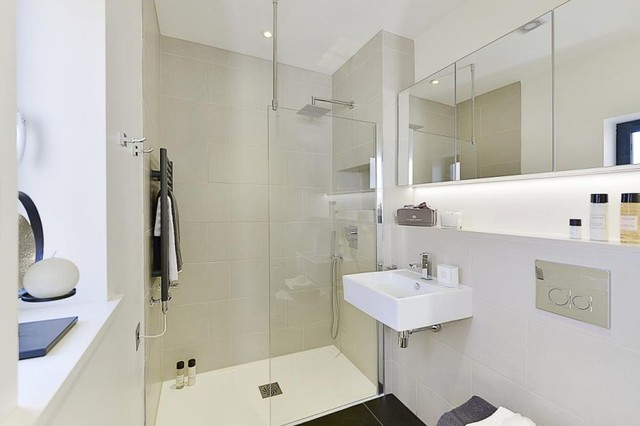 Chelmer Mews contemporary-bathroom