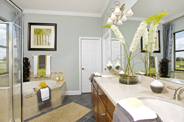 Chelsea by Standard Pacific Homes (Model Home) contemporary-bathroom