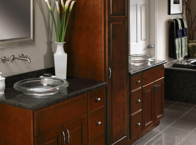 Cherry Cabinets Carlton Door Style Cliqstudios Traditional Bathroom