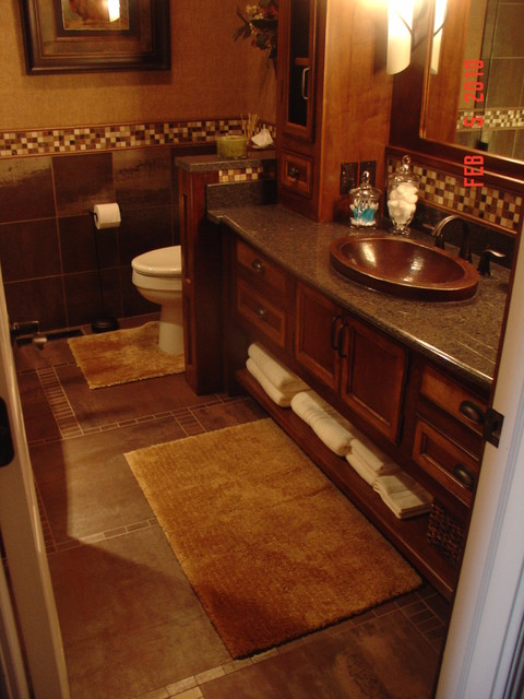 Cheryl Shinabarger traditional-bathroom