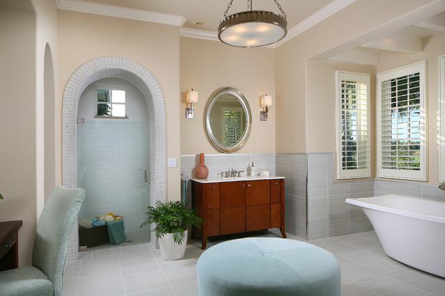 Chiara mediterranean-bathroom