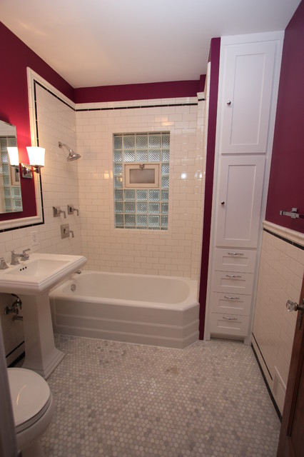 Chicago bungalow bathroom near montrose and california for Bathroom design build