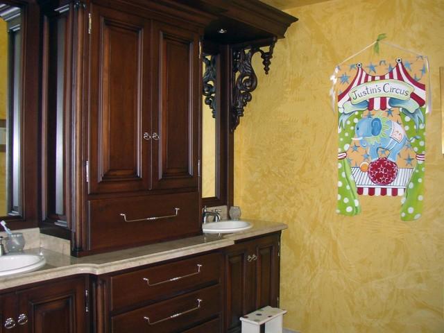 Children's Circus Bathroom