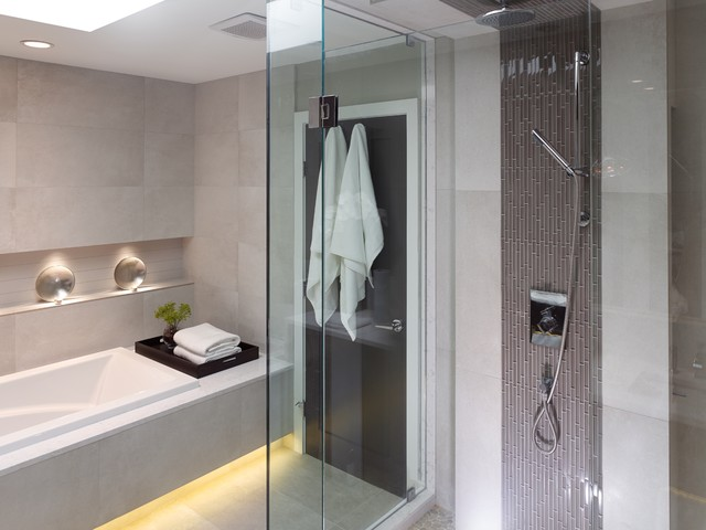 Chin residence contemporary bathroom vancouver by for Bathroom design vancouver