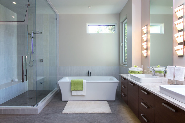 Creative Shower Glass We Are No Stranger To Custom Shower Glass We Measure And Install A Variety Of Different Shower Designs Giving You The Ultimate Look To Your New Bathroom Mirrors Having Years Of Experience Dealing With Tricky Mirror
