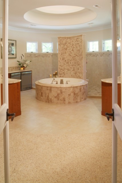 Circular Bath contemporary-bathroom