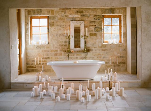 Cladding Stone Wall Veneers the Antique 'Mesa Limestone' mediterranean-bathroom