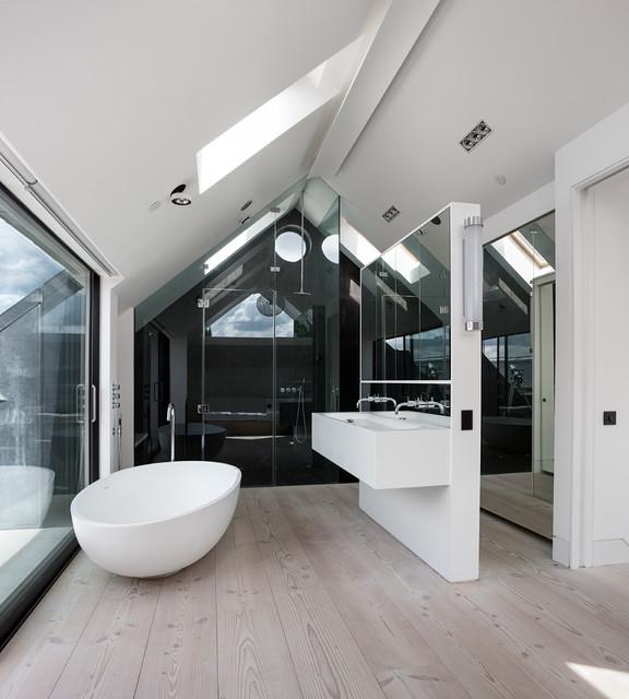 Clarendon works - Stanze da bagno moderne ...