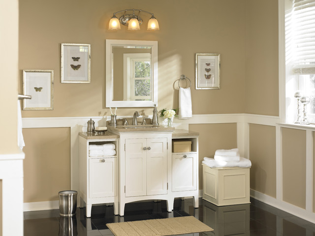Classic Bath Packed with Storage Solutions - Traditional ...