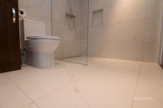 http www houzz com photos classic bathroom design barrier free bathroom montreal