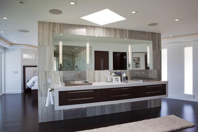 Classic Contemporary Residence Contemporary Bathroom