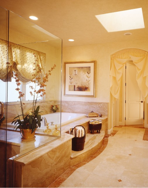 Classic luxury master bedroom suite for Master suite bathroom