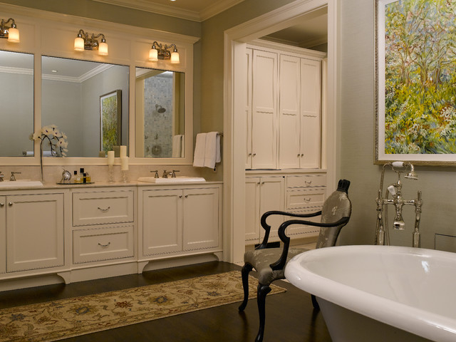 Classic style master bath traditional bathroom for Bathroom designs classic
